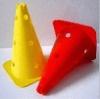 Markierungskegel T mit Vertiefung und Löchern, 40 cm
